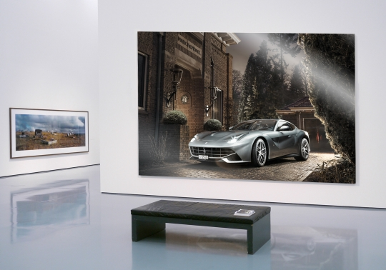 P1050287 Interieur met Ferrari